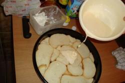 Zubereitung des Rezepts Käsepizza aus altem Brot für ein paar Mäuse, schritt 2