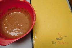 """Zubereitung des Rezepts Schneller Tassenkuchen """"mit Strähnchen"""", schritt 2"""