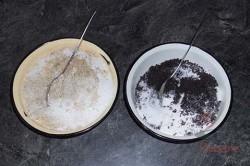 Zubereitung des Rezepts Hefeteig-Strudel mit Mohn- und Nussfüllung, schritt 10