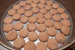Zubereitung des Rezepts Pfirsich-Torte ohne Backen, schritt 5