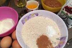 Zubereitung des Rezepts FITNESS-Gugelhupf mit Äpfeln und Haferflocken, schritt 1