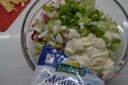 Zubereitung des Rezepts Radieschen-Käse-Salat, schritt 2