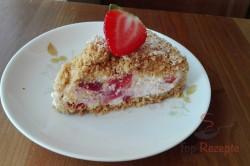 Zubereitung des Rezepts Erdbeerkuchen ohne Backen – besser als Erdbeereis!, schritt 3