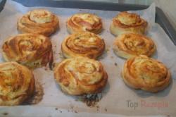Zubereitung des Rezepts Pizza-Schnecken mit Hefeteig, die sehr schnell verputzt werden, schritt 8