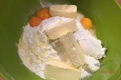 Zubereitung des Rezepts Ein wunderbarer Apfelkuchen, schritt 1
