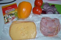 Zubereitung des Rezepts Überbackene Pizza-Sandwiches, schritt 2