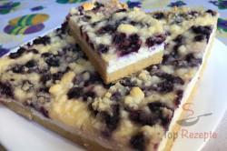 Zubereitung des Rezepts Einfacher Blechkuchen mit Quark, Heidelbeeren und Streuseln, schritt 12