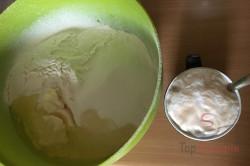 Buchteln nach einem traditionellem Rezept aus Böhmen, schritt 1