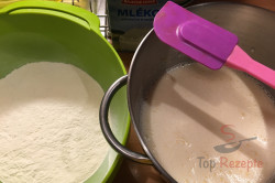 Zubereitung des Rezepts Ungarischer Quark-Kirsch-Kuchen, schritt 2