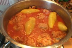 Zubereitung des Rezepts Traditionelle, geschmacklich unübertreffliche gefüllte Paprika mit Tomatensoße, schritt 4
