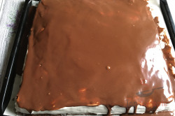 Schoko-Creme-Schnitten für Schokoholics (Tassenrezept), schritt 21