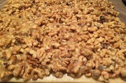Zubereitung des Rezepts Phänomenale Honig-Nuss-Schnitten, schritt 7