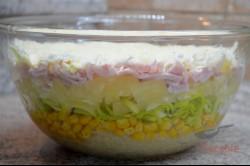 Zubereitung des Rezepts Schichtsalat mit Sellerie und Ananas, schritt 5