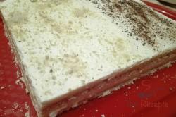Zubereitung des Rezepts Grießkuchen ohne Backen, in 15 Minuten zubereitet, schritt 3