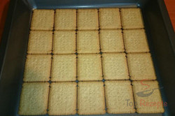 Zubereitung des Rezepts Leckerer Pudding-Sahne-Keks-Kuchen ohne Backen, schritt 1